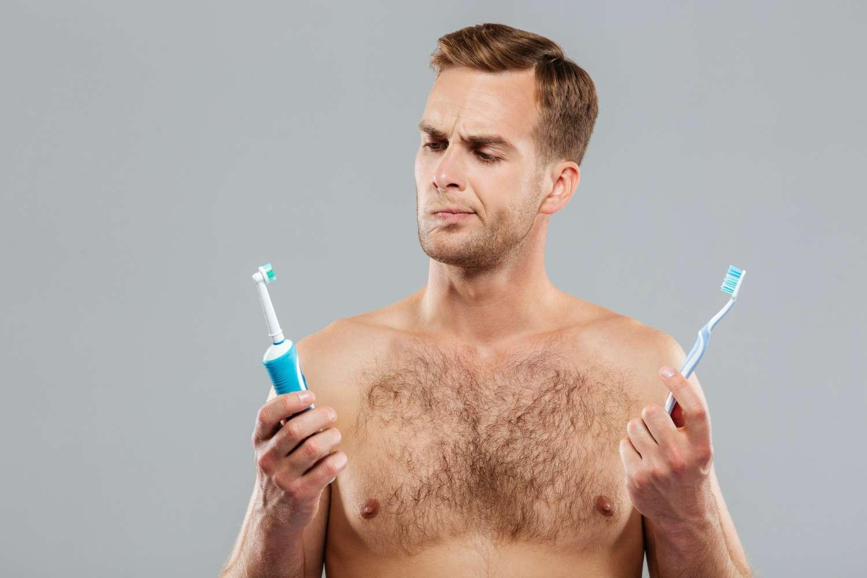 lo spazzolino elettrico fa male ai denti